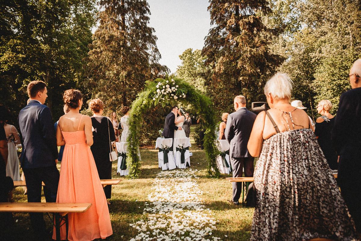 Ślub plenerowy Ani i Mateusza w Pałacu w Gułtowach koło Poznania 172