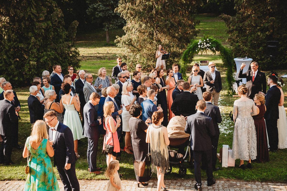 Ślub plenerowy Ani i Mateusza w Pałacu w Gułtowach koło Poznania 218