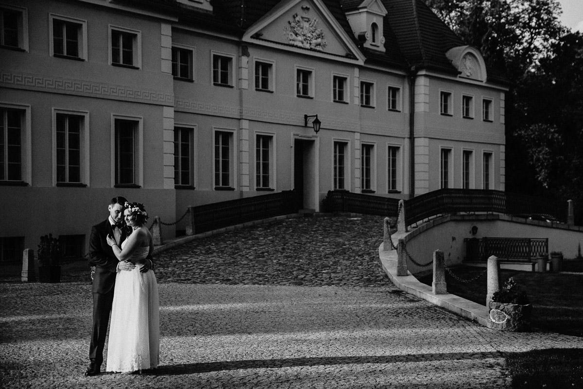 Ślub plenerowy Ani i Mateusza w Pałacu w Gułtowach koło Poznania 236