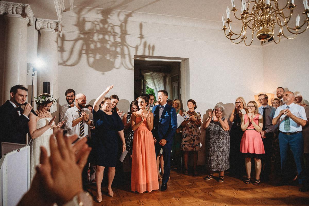 Ślub plenerowy Ani i Mateusza w Pałacu w Gułtowach koło Poznania 300