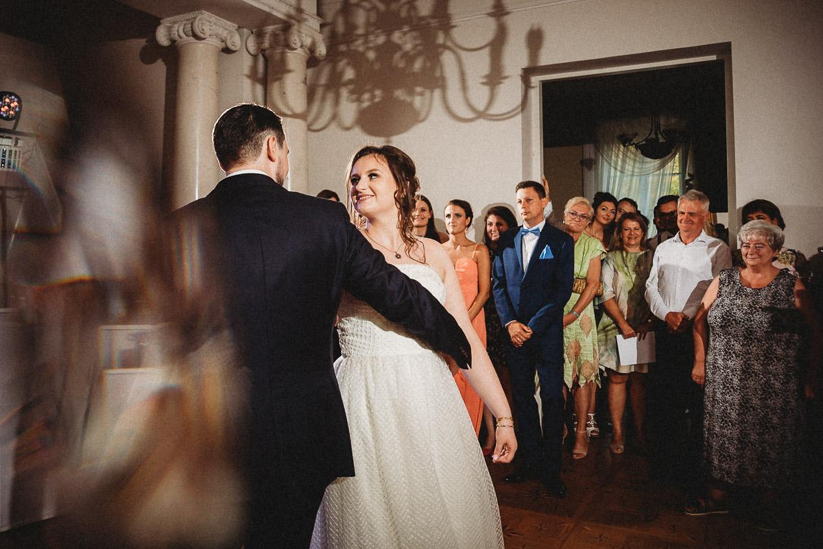 Ślub plenerowy Ani i Mateusza w Pałacu w Gułtowach koło Poznania 304