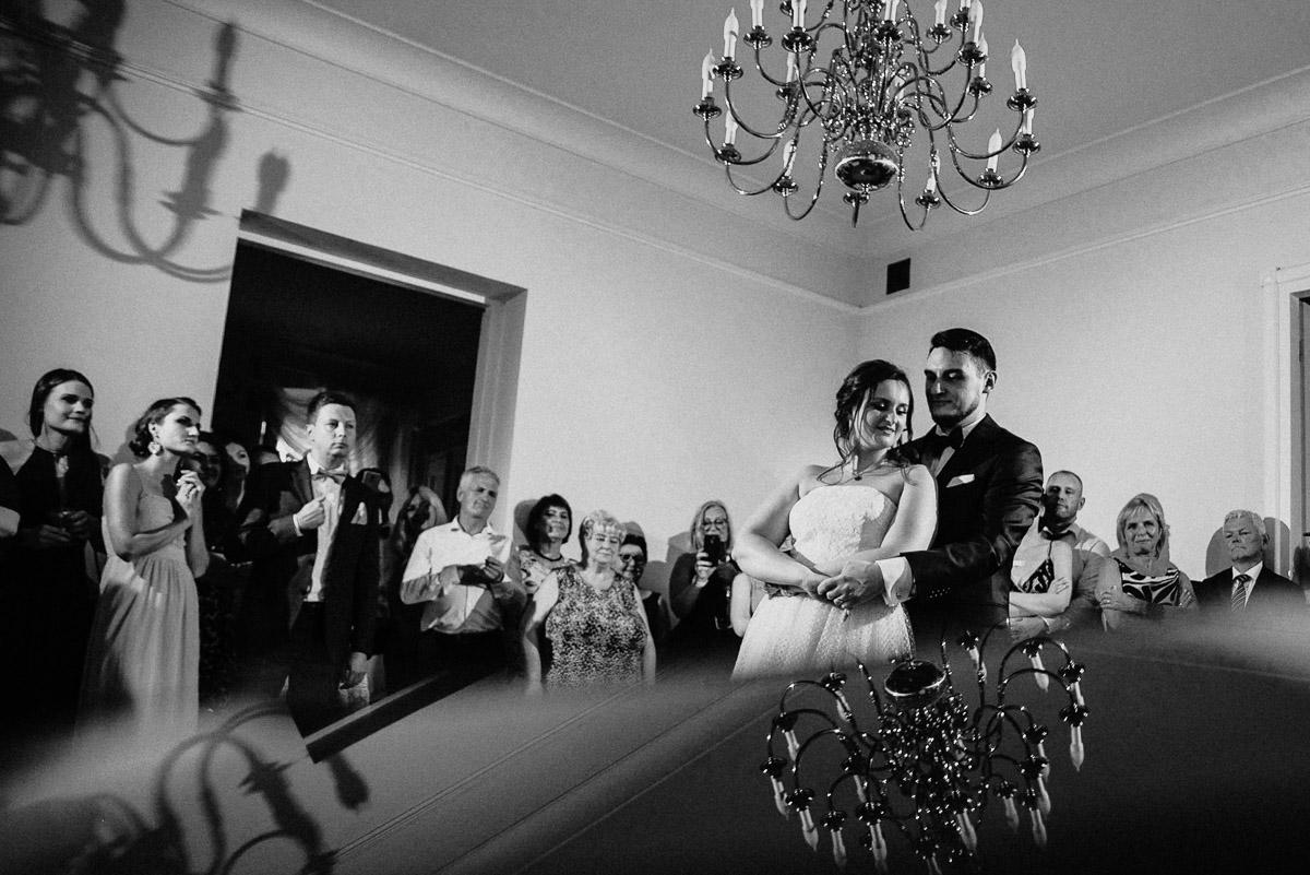 Ślub plenerowy Ani i Mateusza w Pałacu w Gułtowach koło Poznania 310