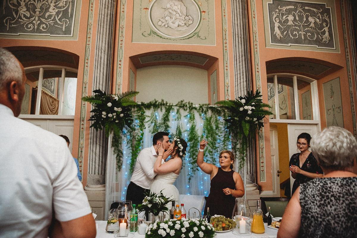 Ślub plenerowy Ani i Mateusza w Pałacu w Gułtowach koło Poznania 336