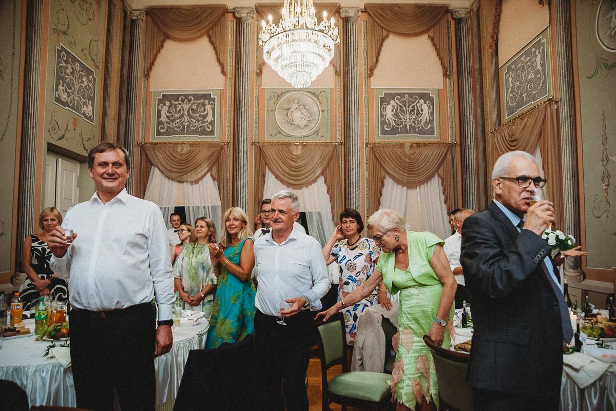 Ślub plenerowy Ani i Mateusza w Pałacu w Gułtowach koło Poznania 338