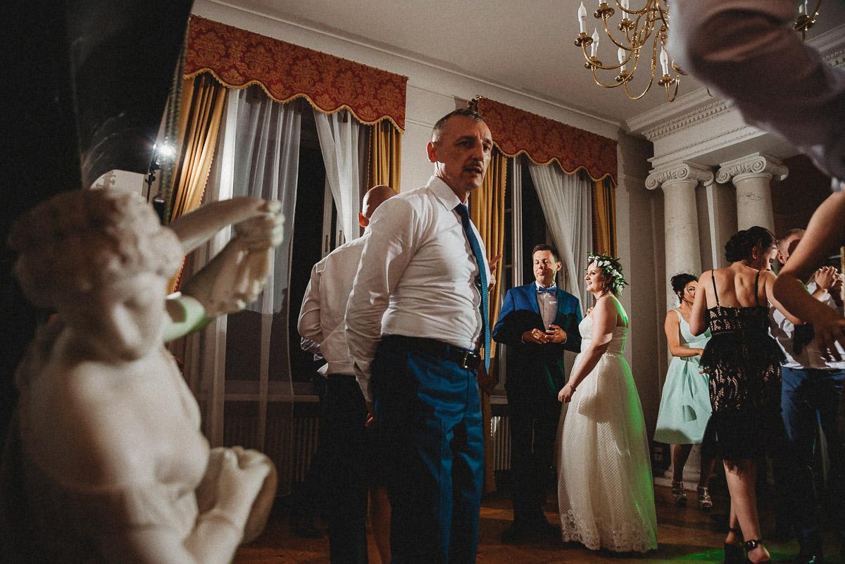 Ślub plenerowy Ani i Mateusza w Pałacu w Gułtowach koło Poznania 340