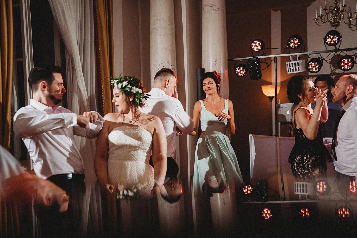 Ślub plenerowy Ani i Mateusza w Pałacu w Gułtowach koło Poznania 346