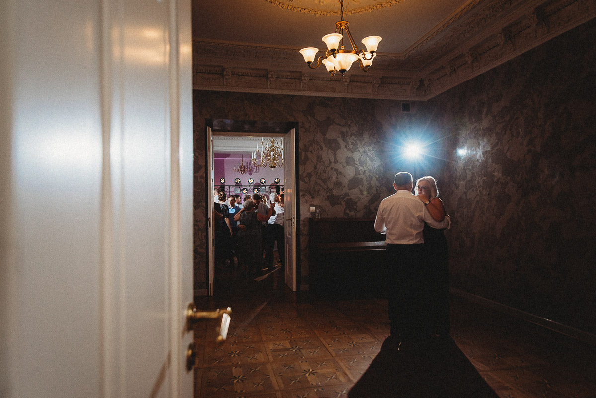 Ślub plenerowy Ani i Mateusza w Pałacu w Gułtowach koło Poznania 366
