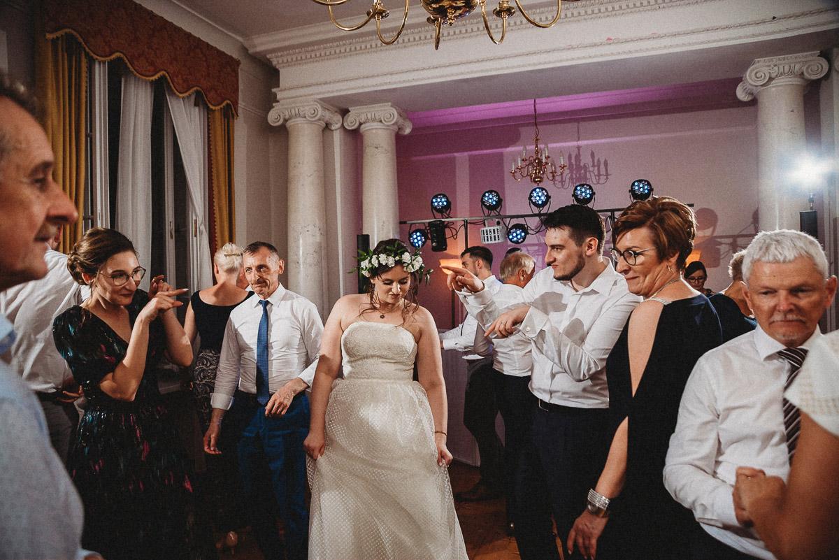 Ślub plenerowy Ani i Mateusza w Pałacu w Gułtowach koło Poznania 368