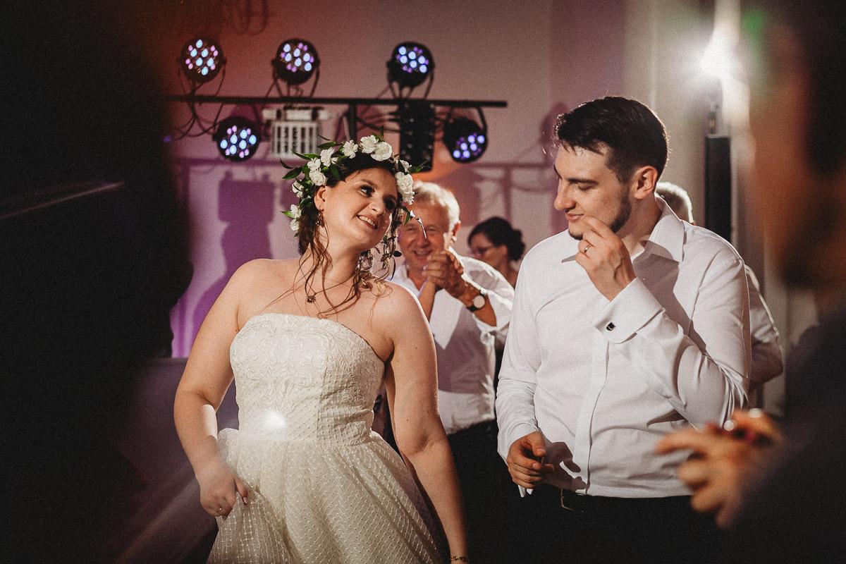 Ślub plenerowy Ani i Mateusza w Pałacu w Gułtowach koło Poznania 374
