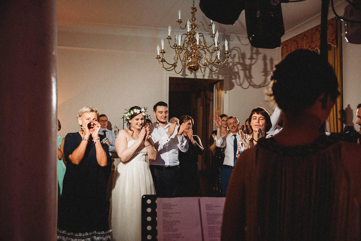 Ślub plenerowy Ani i Mateusza w Pałacu w Gułtowach koło Poznania 388