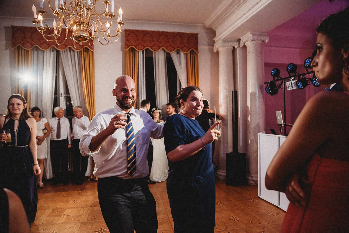 Ślub plenerowy Ani i Mateusza w Pałacu w Gułtowach koło Poznania 390