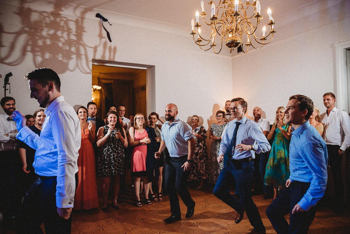 Ślub plenerowy Ani i Mateusza w Pałacu w Gułtowach koło Poznania 404