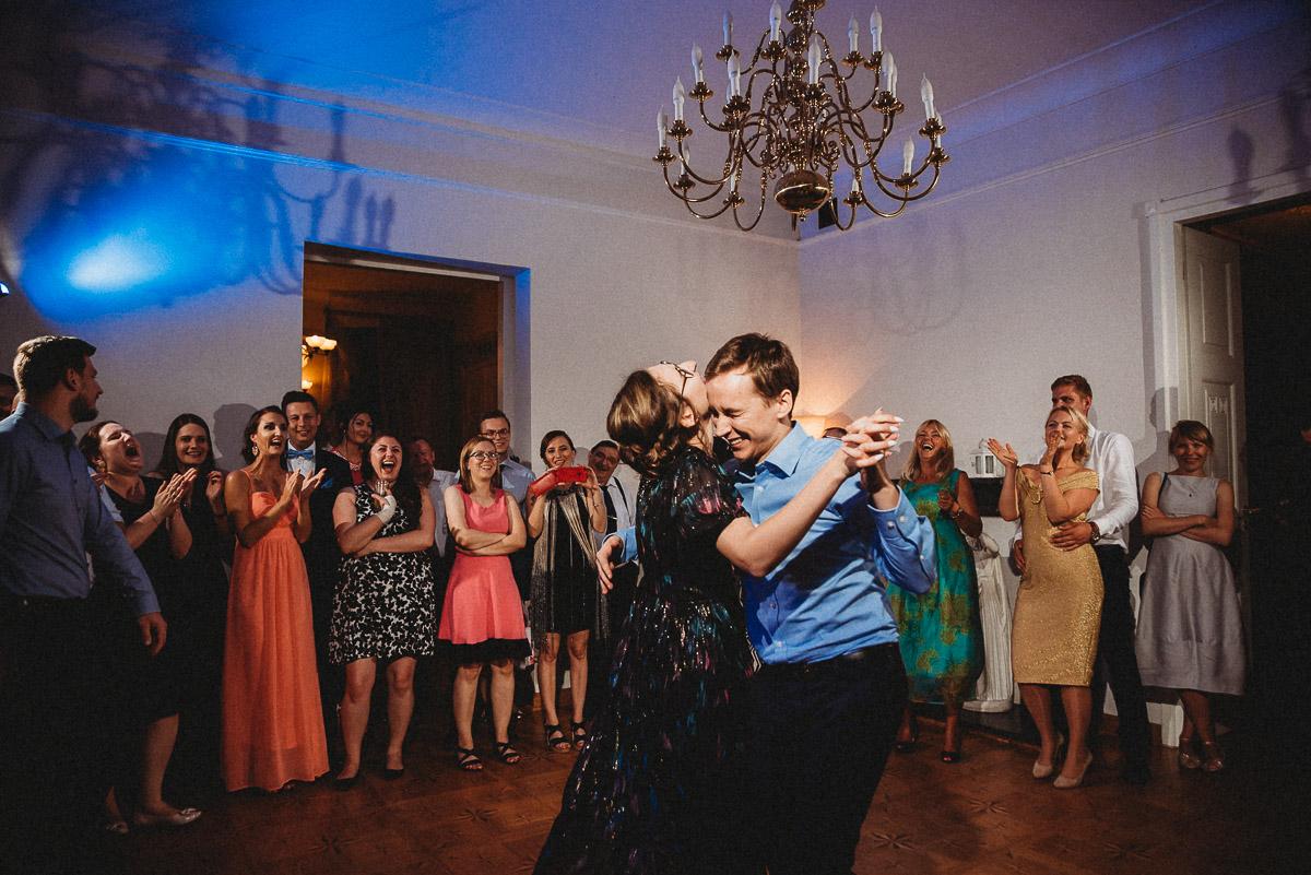 Ślub plenerowy Ani i Mateusza w Pałacu w Gułtowach koło Poznania 414