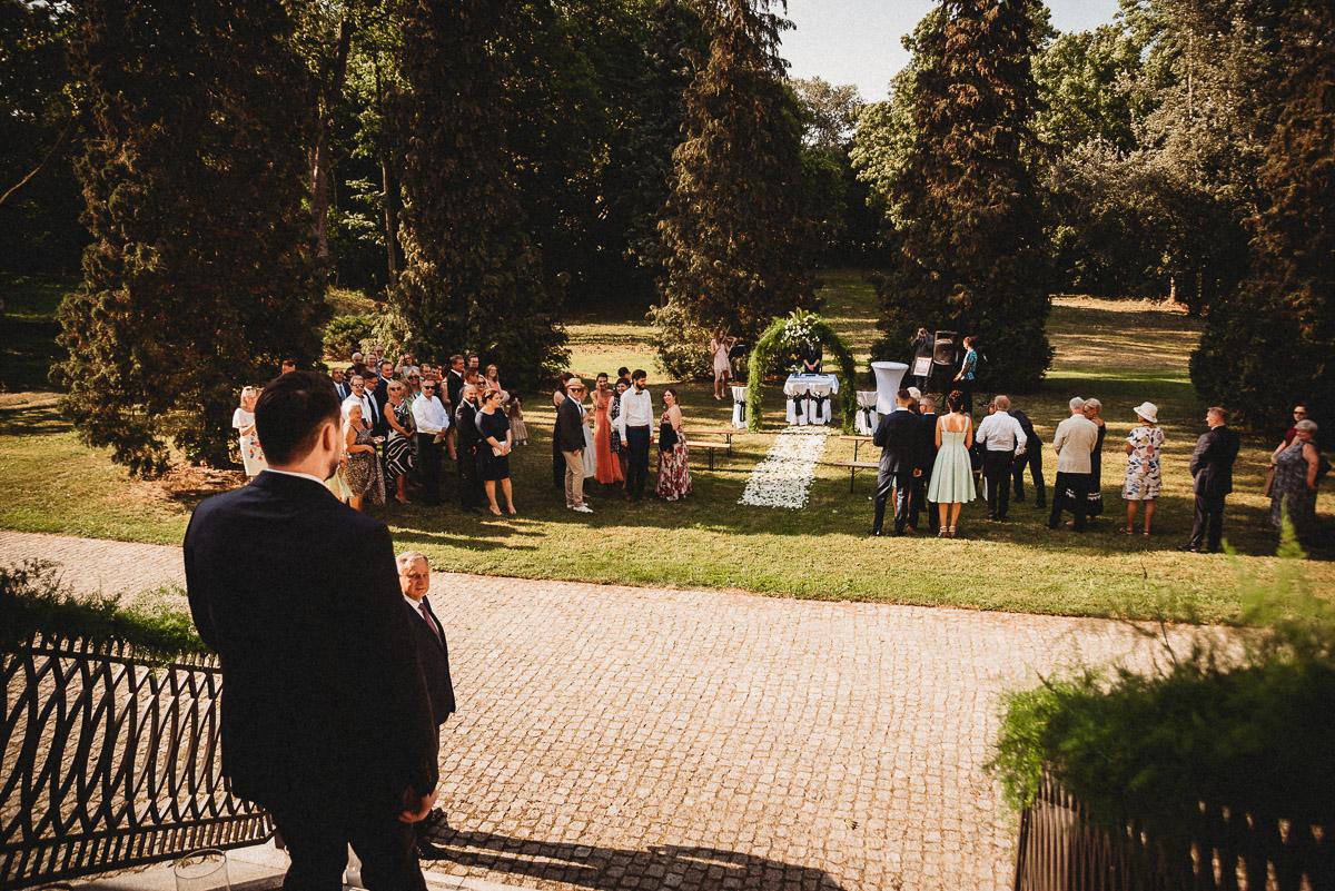 Ślub plenerowy Ani i Mateusza w Pałacu w Gułtowach koło Poznania 93