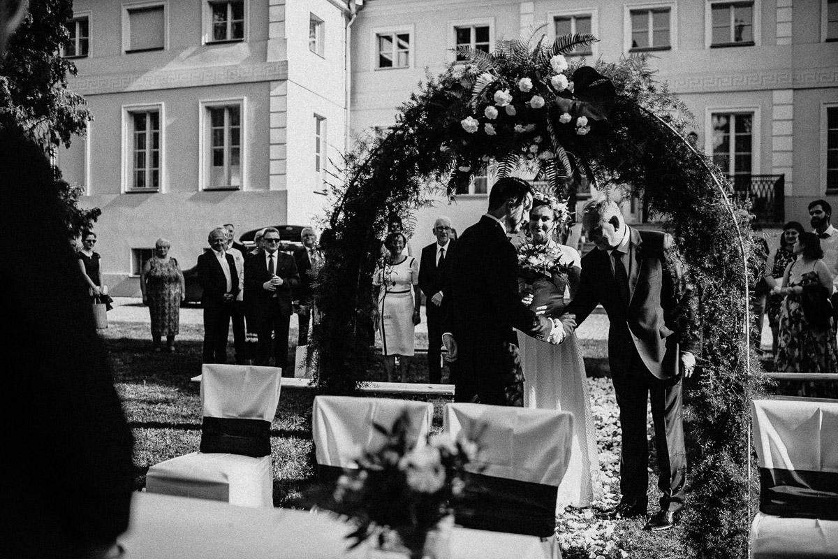 Ślub plenerowy Ani i Mateusza w Pałacu w Gułtowach koło Poznania 115