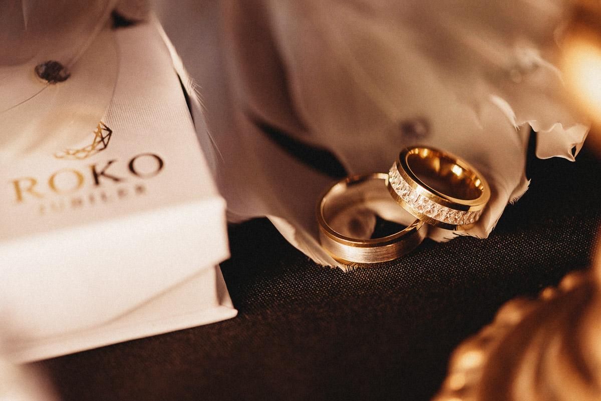 Ślubna sesja stylizowana w Skansen Bicz 47