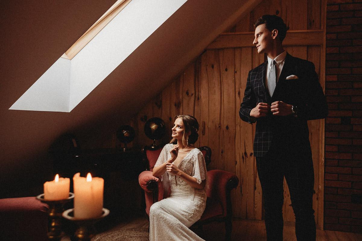 Ślubna sesja stylizowana w Skansen Bicz 65