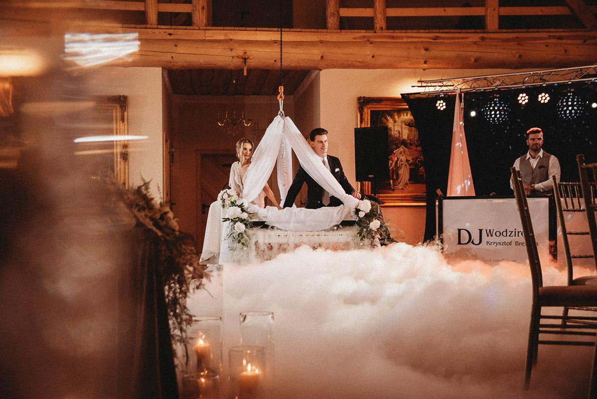 Ślubna sesja stylizowana w Skansen Bicz 69