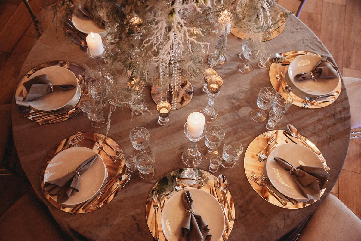 Ślubna sesja stylizowana w Skansen Bicz 6