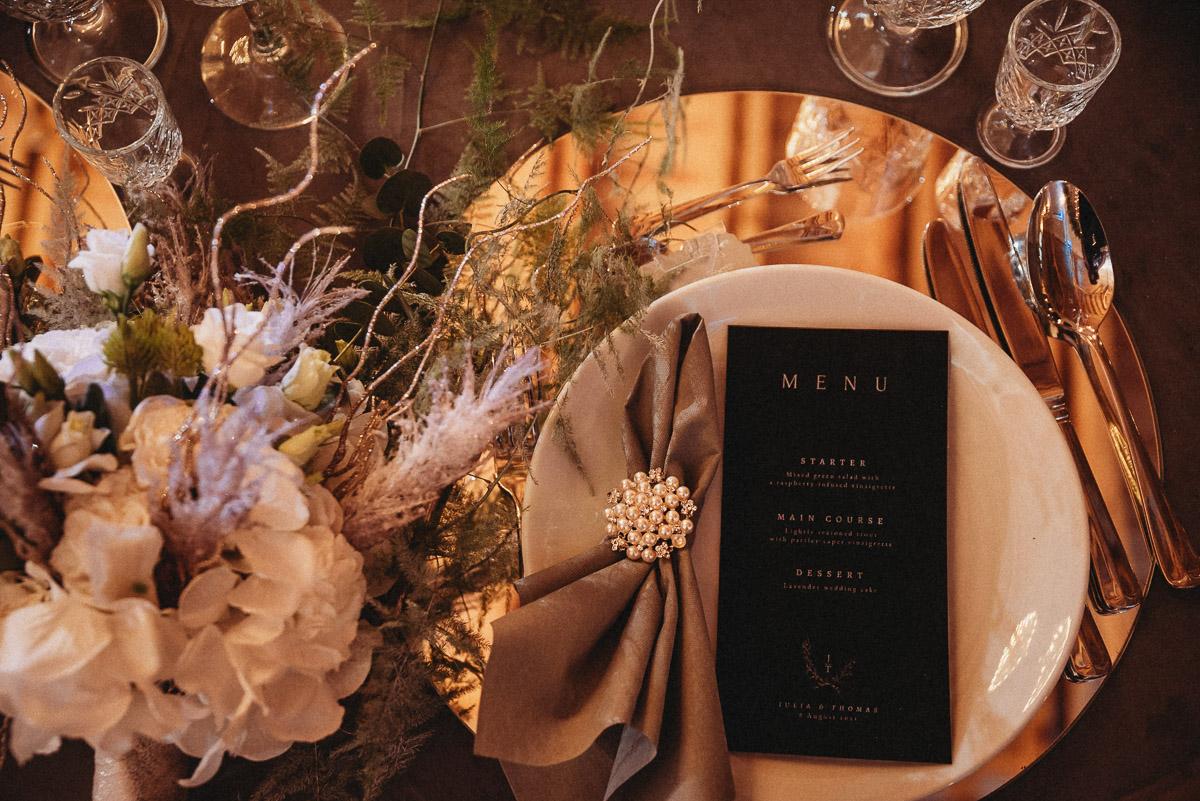 Ślubna sesja stylizowana w Skansen Bicz 14