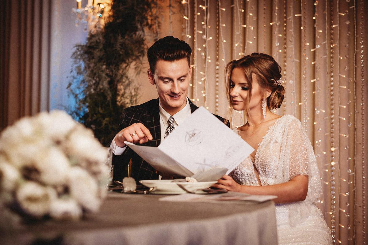 Ślubna sesja stylizowana w Skansen Bicz 122