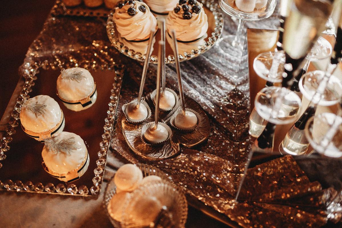 Ślubna sesja stylizowana w Skansen Bicz 25